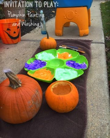Fall Pumpkin Activity for Toddlers: Wash and Paint!