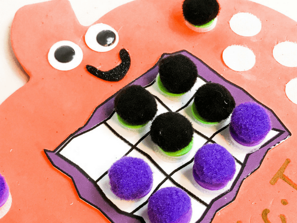 DIY Game: Foam Pumpkin Tic-Tac-Toe