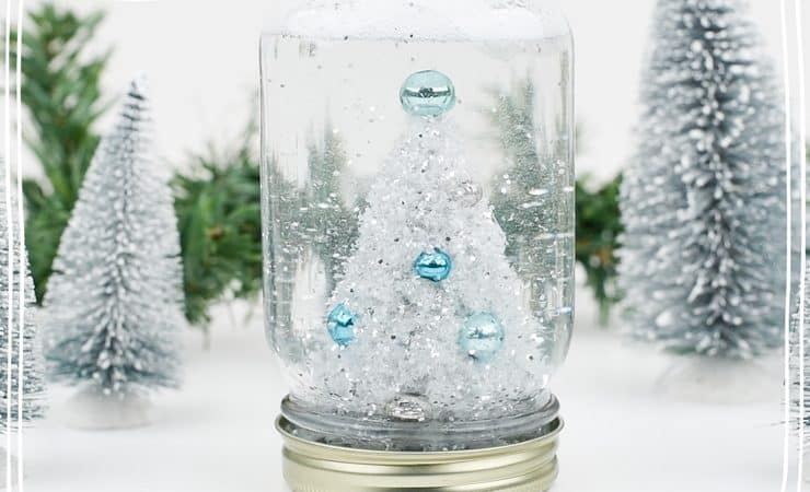 DIY Mason Jar Snow Globe Tutorial