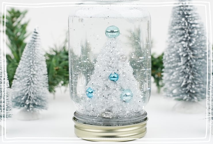 This mason jar snow globe tutorial contains 7 easy steps for Winter crafting with kids. Use this simple tutorial to create a variety of DIY snow globes.