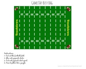 This football field puzzle busy bag is perfect for keeping the kids busy on game day! Give them your passion for the sport while keeping them occupied!