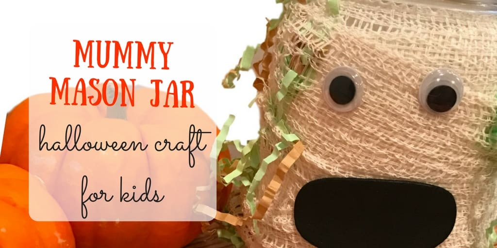 Mummy Mason Jar: Simple Halloween Decor