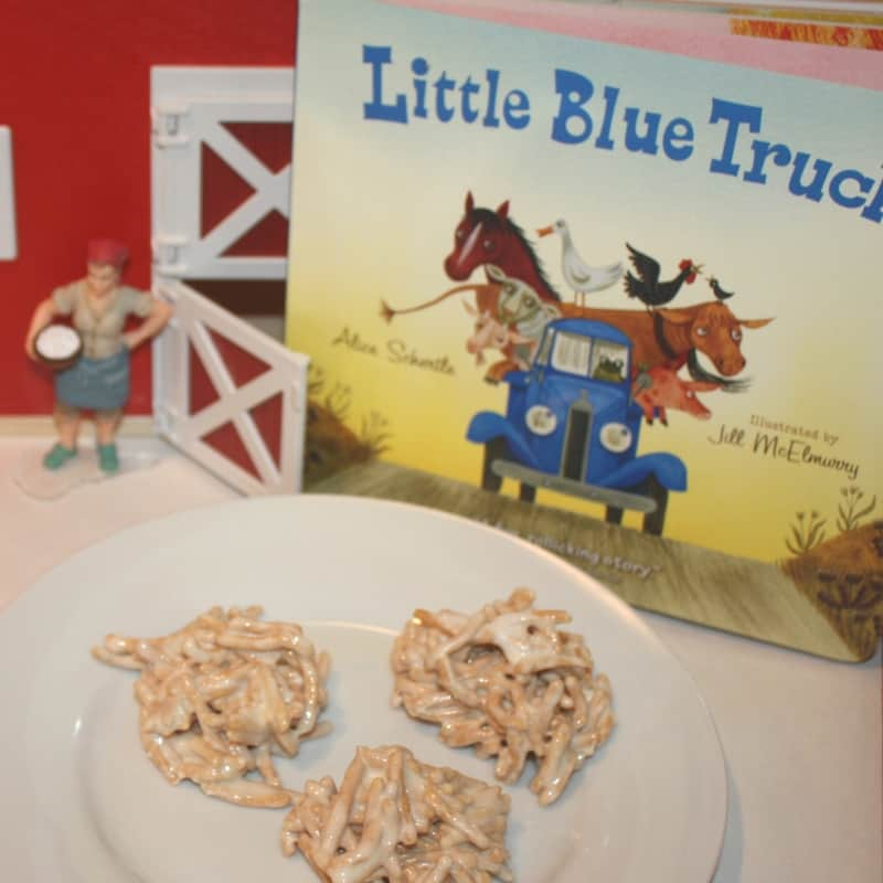 These adorable haystacks are the perfect farm themed snack for kids! Perfect for an activity with the book 'Little Blue Truck