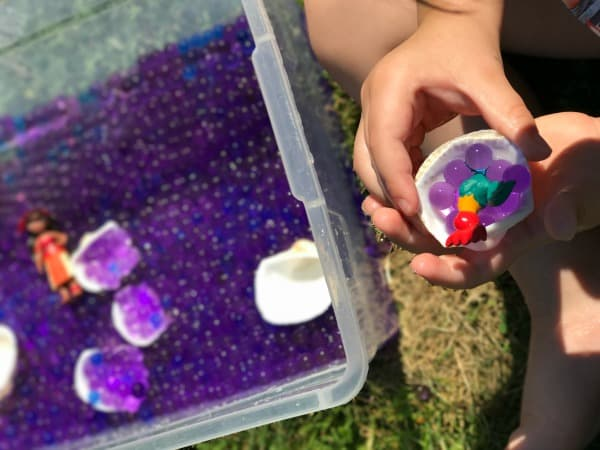 Water Bead Sensory Play 3-2