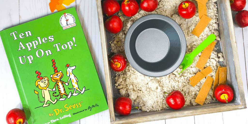 apple pie sensory bin hero 1